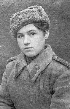 Klavdiya Kalugina, one of the youngest Soviet female snipers (age 17 at the start of her military service in 1943). She served until the end of hostilities and survived the war.
