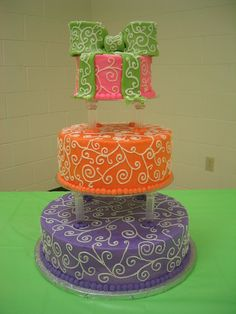 80's theme wedding cake - I would probably use this for a Birthday party though! :)