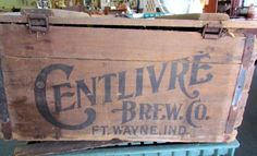 Vintage Centlivre Beer Crate-Wood Box and Lid Fort Wayne,Indiana Brewing