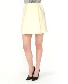 Короткая #юбка со складками из коллекции #Merci. Благородный жемчужный цвет, привлекательная длина – прекрасный вариант для создания женственного, романтического образа. Skirts, Dresses, Fashion, Vestidos, Moda, Fashion Styles, Skirt, The Dress