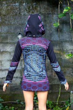 Sizes:XS, S, M, L, XL, XXL, XXXL Fabric:Poly-FleeceDetails:Hand printed original art Carey Thompson. Triple layer applique hoodie,…