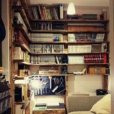 作業台/LED/DIY/本棚/ディアウォール/ガス管…などのインテリア実例 - 2016-11-26 21:29:14 | RoomClip(ルームクリップ) Home Room Design, House Design, Bookshelves, Bookcase, Cool Rooms, House Rooms, Home Decor Bedroom, Woodworking Shop, Room Interior