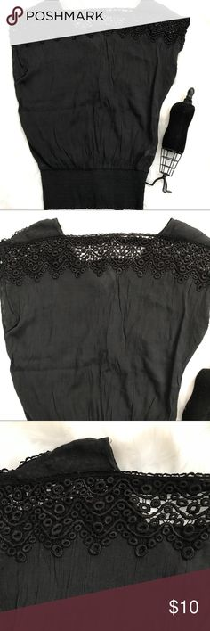 "2b bebe Black Sexy Lace trim Clubing Top sz M Black top with lace bodice and v back. size Medium . Arm pit to Arm pit 22"" Shoulder to Hem 27"". 2B Bebe Tops Blouses"