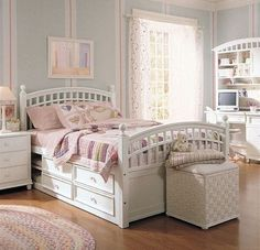 pin von nejla sahin auf zaras ideen kinder zimmer kinderzimmer und teenager zimmer. Black Bedroom Furniture Sets. Home Design Ideas