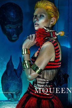 Kate Moss (Spring/Summer 2014 Alexander McQueen)