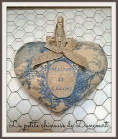 coeur MDC toile de jouy bleue