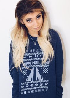 okay i've noticed i only really talk about mitch but hOLY CRAP LOOK HOW PRETTY KIRSTIE IS