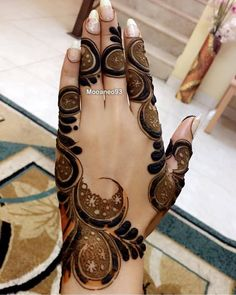 Women Beauty: 100 Unique and Perfect Piece Of Latest Unique Mehandi Designs Modern Henna Designs, Floral Henna Designs, Latest Arabic Mehndi Designs, Mehndi Designs Feet, Henna Art Designs, Stylish Mehndi Designs, Mehndi Designs For Beginners, Mehndi Design Pictures, Mehndi Designs For Girls