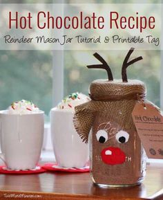 Reindeer Mason Jar Gift Idea with Hot Chocolate Recipe - 22 Quick and Cheap Mason Jar Crafts Filled With Holiday Spirit Mason Jar Christmas Crafts, Jar Crafts, Homemade Christmas, Diy Christmas Gifts, Christmas Projects, Christmas Fun, Holiday Crafts, Holiday Fun, Christmas Decorations