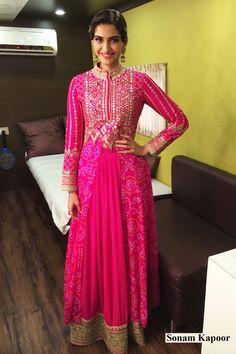 Sonam Kapoor In Anita Dongre Bandhani Jacket Style Lehenga  #SonamKapoor, #Pink, #Anarkali