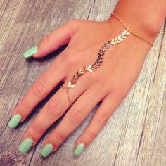 Rori Chevron Hand Jewelry - Gold - One from Shop Priceless. Candy Jewelry, Gold Jewelry, Jewelery, Jewelry Accessories, Women Jewelry, Jewelry Design, Unique Jewelry, Hand Bracelet, Cuff Bracelets