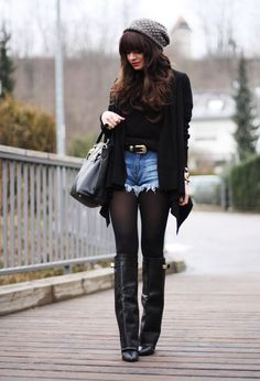Find Inspiration For Your Next Winter Walk Outfit - Fashion Diva Design