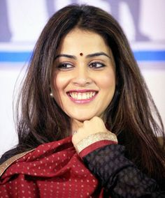 Genelia D'Souza Deshmukh at the manifesto launch of NSUI (National Students' Union of India) in Mumbai. Beautiful Bollywood Actress, Most Beautiful Indian Actress, Beautiful Actresses, Hot Actresses, Indian Actresses, Genelia D'souza, Frock For Women, Beauty Full Girl, Indian Beauty Saree