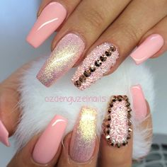 I put my nail polish like a pro! - My Nails Sexy Nails, Dope Nails, Fancy Nails, Pink Bling Nails, Fabulous Nails, Gorgeous Nails, Pretty Nails, Nail Swag, Nail Art Strass