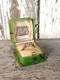 antique ring box by histoireancienne on Etsy, $185.00