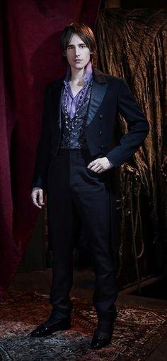 "Reeve Carney as Dorian Grey - ""Penny Dreadful"" (2014 TV) - Costume designer : Gabriella Pescucci"