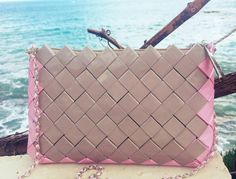 Check out this item in my Etsy shop https://www.etsy.com/listing/270899177/the-pink-frame-clutchbag