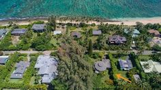 aerial view ~ arrow points at Keiki Leo, the round roof is easy to see. Convertible Bed, Kauai, Aerial View, Dolores Park, Beach, Arrow, Outdoor Decor, Leo, Master Bedroom
