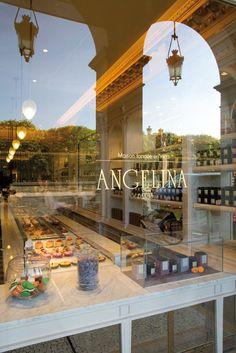 Salon de Thé Angelina, rue de Rivoli, Paris.