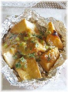 「トースターで簡単!厚揚げのねぎ味噌焼き」お味噌の香ばしい香りがたまりません。厚揚げに味噌ダレをのせて、オーブントースターで焼くだけの簡単レシピです。【楽天レシピ】
