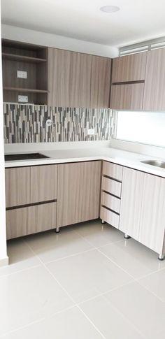 hermosa cocina en madera y con acabados a tu estilo Outdoor Furniture, Outdoor Decor, Outdoor Storage, Cabinet, Home Decor, Kitchen Wood, Kitchens, Sweetie Belle, Style