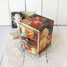 Shabby Black Elegance Roses Mini wooden chest by Alenahandmade