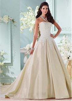 Marvelous Taffeta Strapless Neckline A-line Wedding Dresses with Beaded Lace Appliques