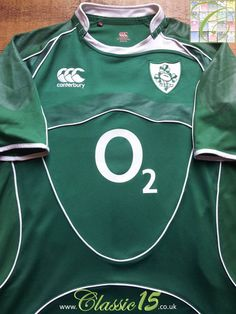 456318ab5e3 Relive Ireland's 2007/2008 international seasons with this original  Canterbury home pro-fit rugby