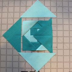 Sewing Block Quilts Summer Fun Quilt Along @ The Crafty Quilter features a bright and happy wall hanging that measures x Week 1 instructions include the checkerboard rows and the wave blocks. Quilting Tips, Quilting Tutorials, Quilting Projects, Quilting Designs, Sewing Projects, Patchwork Quilt Patterns, Quilt Block Patterns, Pattern Blocks, Quilt Blocks
