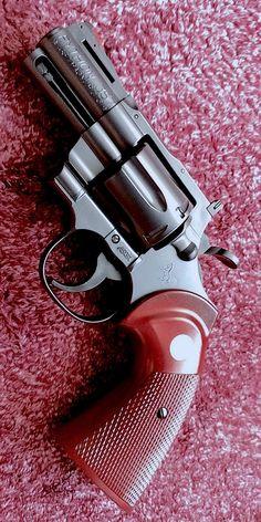 Handgun, Firearms, Rifles, Colt Python, Cool Guns, War Machine, Breaking Bad, Revolver, Shotgun