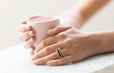 Rings by Monica Vinader Photo : Garance Dore Jewelry Box, Jewelery, Jewelry Accessories, Big Rings, Rings For Men, Monica Vinader Ring, Onyx Ring, Green Onyx, Nude Nails