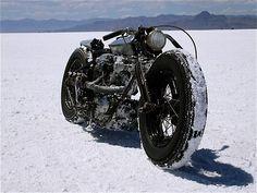 Knucklehead salt flat racer