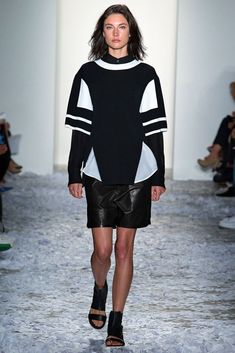 See all the Collection photos from Public School Spring/Summer 2015 Ready-To-Wear now on British Vogue Ss15 Fashion, Tomboy Fashion, New York Fashion, Love Fashion, Runway Fashion, Fashion Show, Fashion Outfits, Fashion Design, Future Fashion