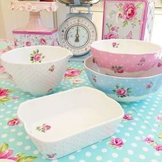 I will always have a place in my heart for sweet liitle home items - pastel kitchen bake ware
