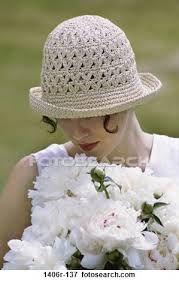 Resultado de imagem para pessoas com flores