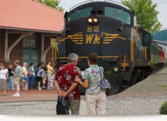 Enjoy a beautifully scenic train ride on one of the Durbin & Greenbrier Valley Railroad's trains.    www.mountainrail.com