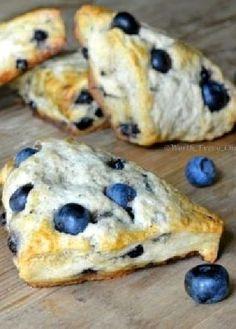 Low FODMAP Recipe and Gluten Free Recipe - Blueberry scones - http://www.ibs-health.com/blueberry_scones.html