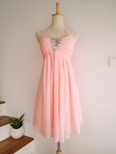 This fun and sweet looking dress will make the perfect bridesmaid dress. It has an elastic band at the back so it can fit in nicely.