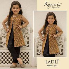 53 Trendy fashion kids vintage baby girls Source by Blouses Baby Girl Frocks, Frocks For Girls, Little Girl Dresses, Girls Dresses, Kids Frocks Design, Baby Frocks Designs, Kids Dress Wear, Kids Gown, Fashion Kids