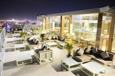 Zen takes Da Nang dining to a new heights #fusionsuitesdanangbeach