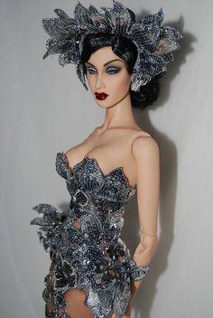 Fashion Royalty Dolls, Fashion Dolls, Fashion Art, Fashion Show, Barbie Gowns, Barbie Dress, Girl Dolls, Dolls Dolls, Glamour Dolls