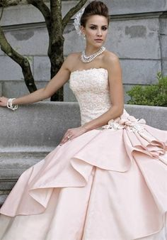Rose wedding dress by Dittekarina