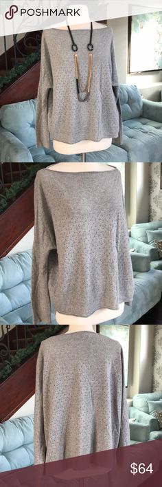 😘👚😘Vince oversized cashmere wool sweater ❤️ Gorgeous gray super soft cashmere wool blend oversized sweater by Vince so comfy and beautiful on❤️in excellent condition ❤️ Vince Sweaters