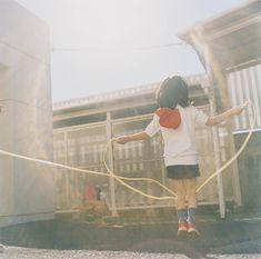川内倫子 「うたたね」より  (2001)
