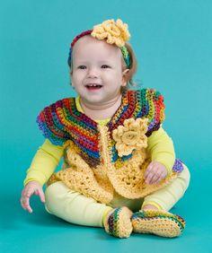 Fall Baby Set, lijkt me leuker in andere kleurtjes. Fall Baby Set, lijkt me leuker in andere kleurtjes. Crochet Bebe, Baby Girl Crochet, Crochet For Kids, Free Crochet, Crochet Fall, Crochet Crafts, Crochet Baby Sweaters, Crochet Baby Clothes, Baby Knitting
