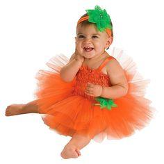 Baby girl in Pumpkin Tutu Dress