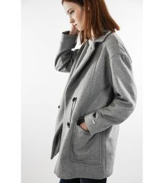 Oversize coat in gray melange color