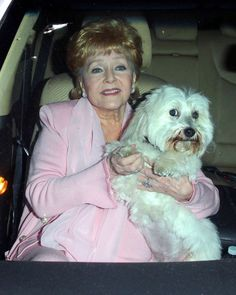 Debbie Reynolds Photos: Celebs Get Dinner in Hollywood
