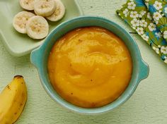 Mango & banana puree homemade baby food recipe Introduce your baby to solids by whipping up a smooth puree. This easy baby food recipe is for age 6 months and up. Baby Puree Recipes, Pureed Food Recipes, Baby Food Recipes, Gourmet Recipes, Baby Food Puree, Baby Bullet Recipes, Mango Recipes, Toddler Meals, Kids Meals