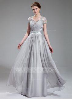 Vestidos princesa/ Formato A Decote V Chá comprimento Chiffon Charmeuse Vestido de festa com Pregueado Laço Perolização (017019722)
